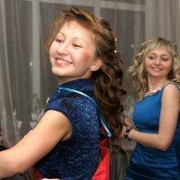 Танцуют все! :: Валерий Симонов