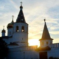 монастырь на закате :: Catharina E