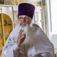 Священнослужитель :: Александр Липатов