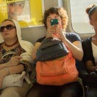 Смотрю на мир через объектив телефона! :: Galina Kazakova