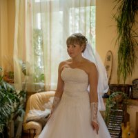 Портрет невесты в интерьере 3 :: Михаил Тарасов