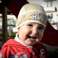 Многие люди хотят изменить мир к лучшему для своих детей. :: алиса Царёва