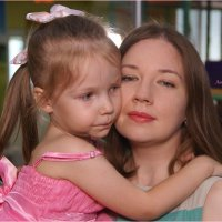 С мамочкой в обнимочку. :: Anatol Livtsov