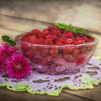 ягода-малина :: Iuliia Efremova