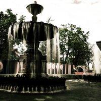 фонтан у кинотеатра Россия :: Tatiana Poliakova