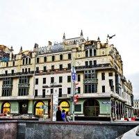 Дом  в центре Москвы.  Кондрациковская Янина :: Жанна Кондрациковская