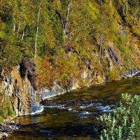 В скальных берегах :: Сергей Чиняев
