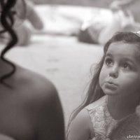 Взгляд девочки... :: Альберт Буниатян
