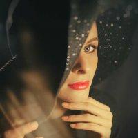 Загадочная девушка в шляпе :: Виктория Балашова