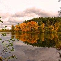 Осенний день на реке. :: Евгений Кузнецов