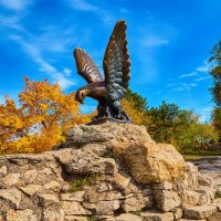 Бронзовый орел Пятигорска :: Николай Николенко