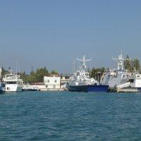 Морская прогулка в Балаклаве :: Наиля