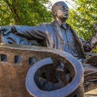 Памятник А. Папанову :: Ruslan