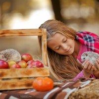 Золотая осень и Виктория :) :: Кристина Беляева