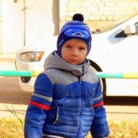 Мама не разрешает мне разговаривать с незнакомцами! :: Андрей Заломленков