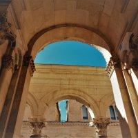 Арки дворца Деаклетиана. Сплит :: Лара Амелина