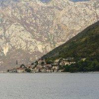 Пераст  — старинный городок Черногории :: Vitalij P