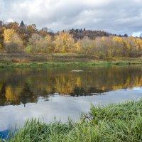осень на Москве-реке :: Лариса Батурова