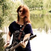 Модная гитаристка :: Михаил Почкалов-Семченков