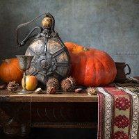 Осенний натюрморт с тыквами и баклажкой :: Татьяна Карачкова