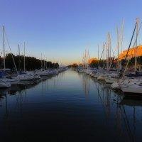 Лодки на закате :: M Marikfoto