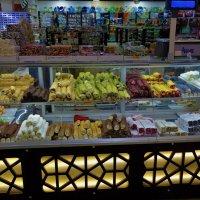 Турция встретила нас восточными сладостями... :: Sergey Gordoff