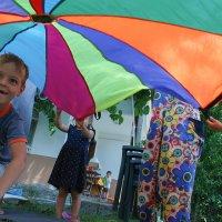 Детский парашют :: Marina Tan