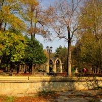"""Павильон """"Стеклянная струя"""" в Кисловодском курортном парке :: Нина Бутко"""