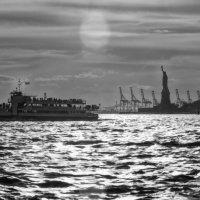 Тень свободы 2 :: Олег Чемоданов