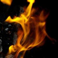 Огненный танец :: Елена Белинская