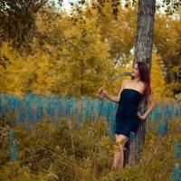 Девушка с цветком :: Юлия Шевцова