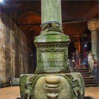 Голова медузы горгоны в цистерне базилика, Стамбул :: Ирина Лепнёва
