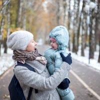 На прогулке :: Любовь Строгонова