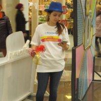 В торговом центре :: Дмитрий Никитин
