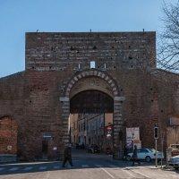 Ворота в Сиену :: Надежда Лаптева