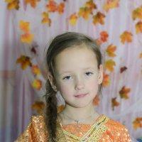девочка в золотом :: Ольга Русакова