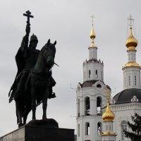 Памятник великому князю всея Руси Ивану Васильевичу Грозному :: Леонид Абросимов