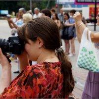Коллега-фотографиня. :: Anatol Livtsov