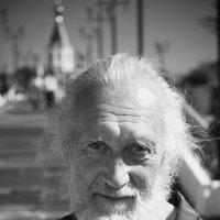 Добрый человек :: Владимир Шехтер