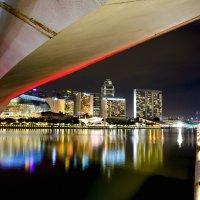 Вид на ночной Сингапур :: Павел Сытилин