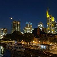 Ночной Франкфурт :: Alex Molodetsky