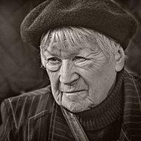 Бабушка. :: Юрий Гординский