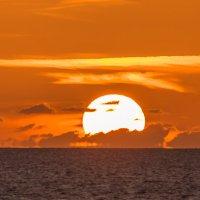 закат на море :: Адик Гольдфарб
