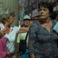 Туристы в городе :: Sofia Rakitskaia