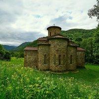 Самый древний христианский храм в России. :: Николай