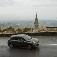 Подъезжаем к Сан- Марино :: leo yagonen