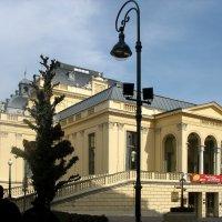 Популярное казино в первом баденском парке, разбитым по указанию  Марии Терезии :: Елена Павлова (Смолова)