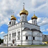 Церковь Александра Невского на Привокзальной площади :: Oleg S
