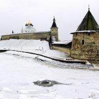 Зимой у Псковского Кремля :: Leonid Tabakov
