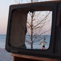 The Box - пляж эмоций. Про физкультуру, море и библиотеку... :: Александр Резуненко